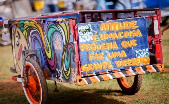 Carroça para recolher lixo reciclável