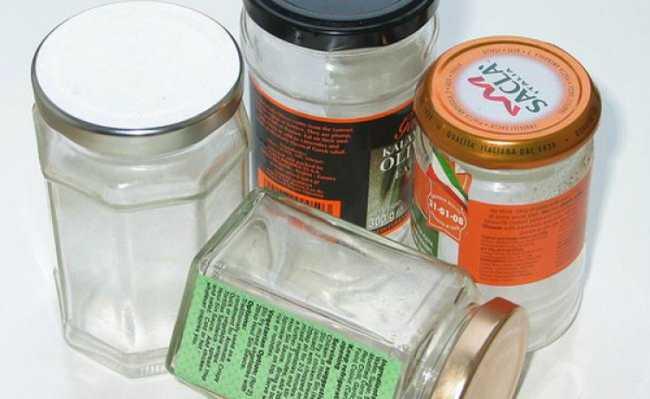 Como tirar cola de adesivo de potes de vidro e outros