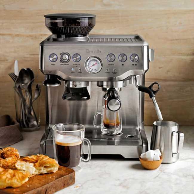 Máquina de espresso profissional em casa