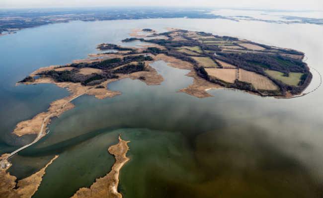 Reserva de vida silvestre no condado de Kent, em Maryland, nos Estados Unidos. Na imagem, vê-se o rio Chester, um dos cursos d'água que desemboca na Baía de Chesapeake. Foto: Programa da Baía de Chesapeake/Will Parson