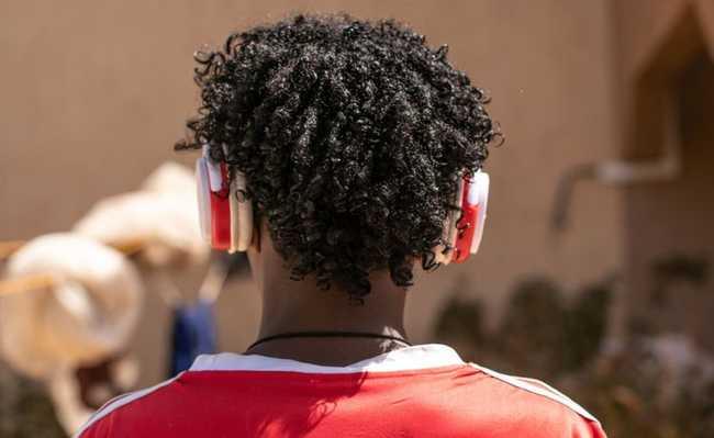 perda auditiva é risco para jovens