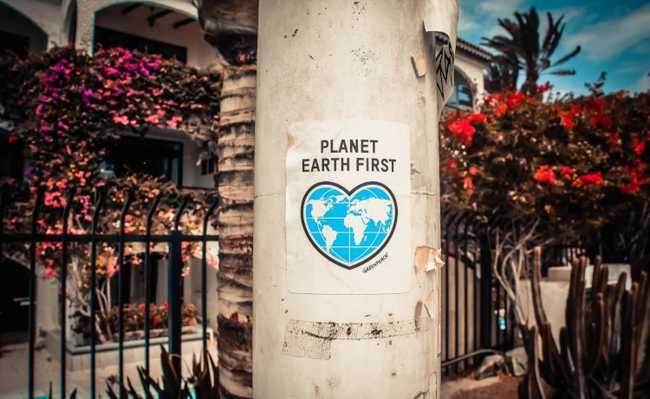 Planeta Terra primeiro