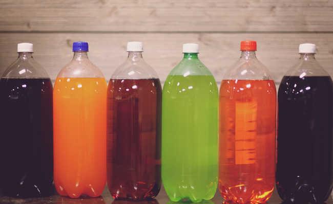 cor da garrafa PET