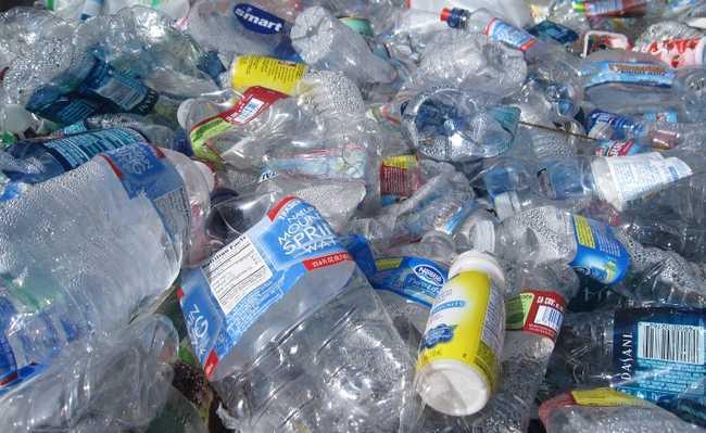 Tempo de decomposição do plástico