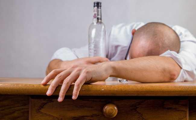 álcool alzheimer