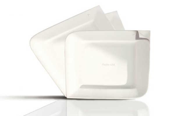 Prato contém camadas de papel biodegradável