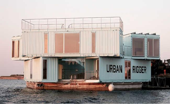 Urban Rigger: com vários contêineres reutilizados