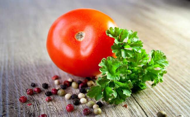 Molho de tomate com alho, óleo e pimenta