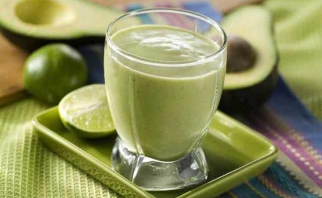 Vitamina de abacate é uma das receitas mais gostosa e com baixo nível de dificuldade
