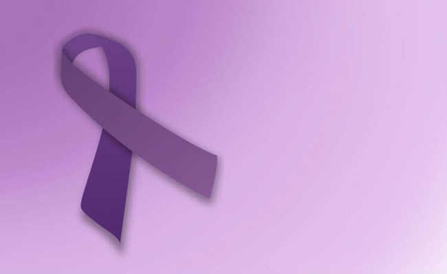 Laço roxo: sobreviventes do câncer, câncer ginecológico (da vagina, vulva, útero, etc.) e testicular.