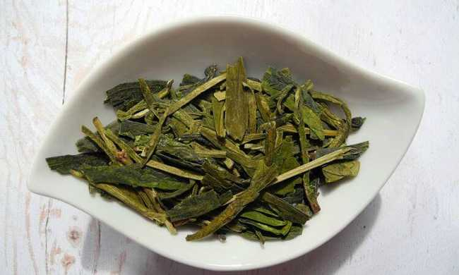 Alimentos que ajudam a emagrecer: Chá-verde