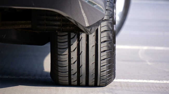 Atrito dos pneus