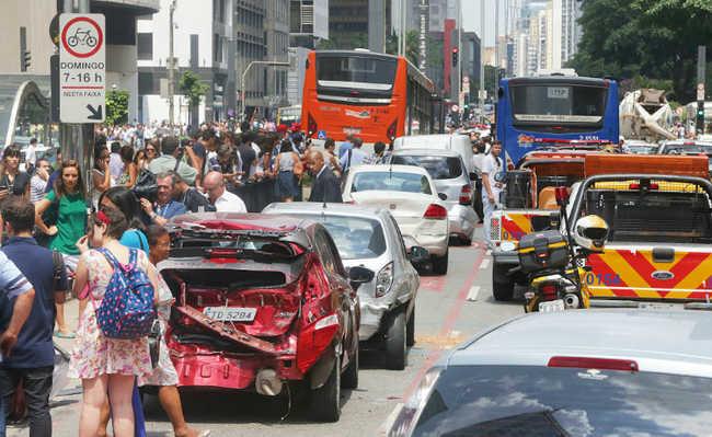 Trânsito na Av. Paulista
