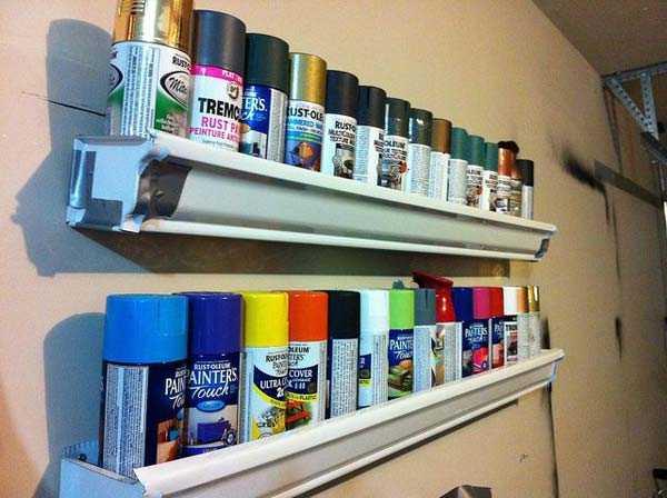 Prateleira de latas