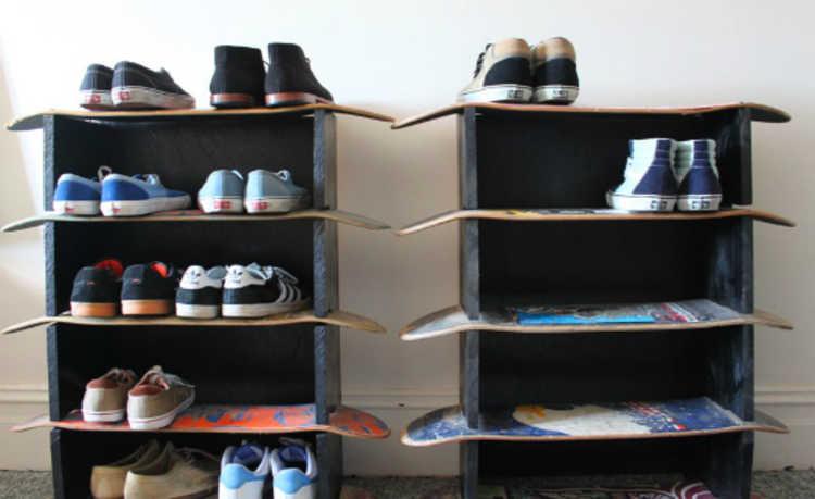 Guarde seus tênis de skate em cima dos skates