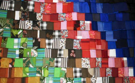 10c9205f8167 O bairro do Bom Retiro, na capital paulista, é conhecido pela sua variedade  de lojas de roupas. Cerca de 1200 confecções estão instaladas na região.