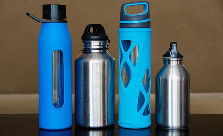 Garrafas de água reutilizável
