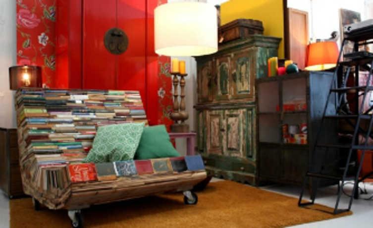 Reaproveitar livros para fazer móveis é a ideia do designer espanhol Alvaro Tamarit