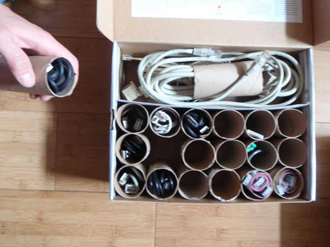 Faça uma caixa organizadora para os fios não utilizados
