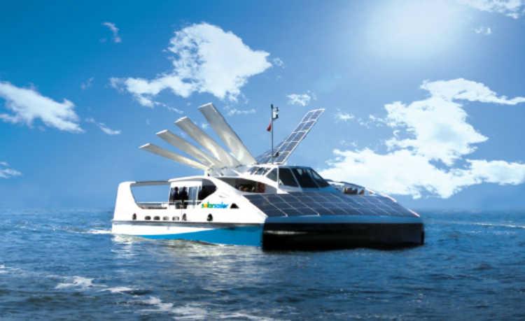 painéis solares que movem embarcações