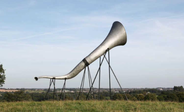 """""""trompetes"""" gigantes que amplificam sons da natureza"""