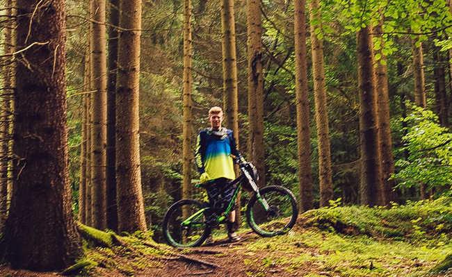 pedalada em meio a natureza
