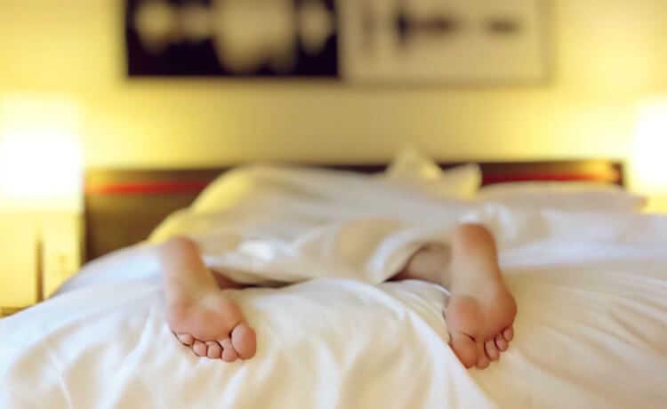 Dê um bom destino para sua roupa de cama velha
